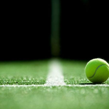 Tennis Legends to Battle Down Under